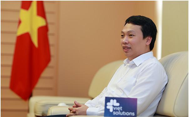 Thứ trưởng Bộ TT&TT Nguyễn Huy Dũng