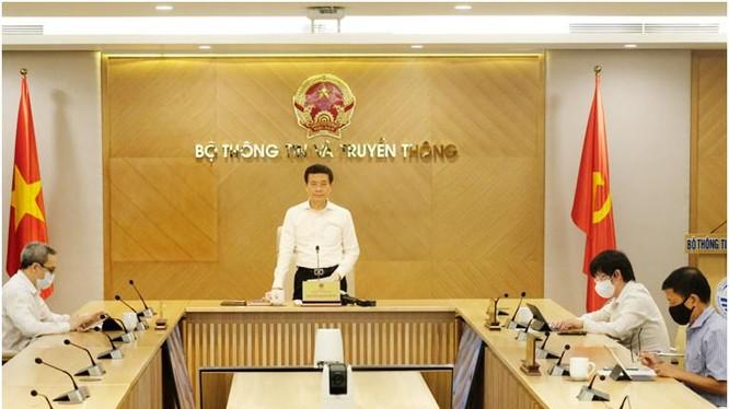 Bộ trưởng Bộ TT&TT Nguyễn Mạnh Hùng phát biểu tại buổi lễ. Ảnh Mic