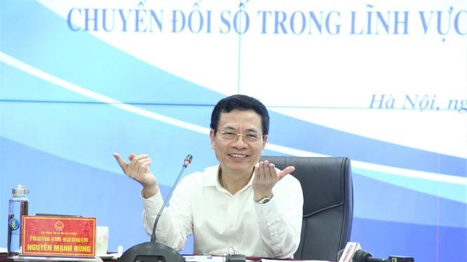 Bộ trưởng Bộ TT&TT Nguyễn Mạnh Hùng. Ảnh Mic