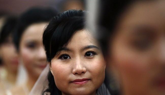 Ngày càng nhiều thanh niên Trung Quốc không lấy được vợ (Ảnh: Business Insider)