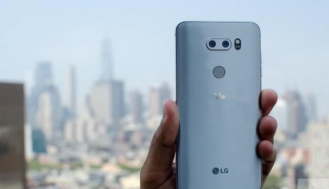 Ảnh: Hình ảnh rò rỉ của LG V40 ThinQ (Ảnh: Digitaltrends)