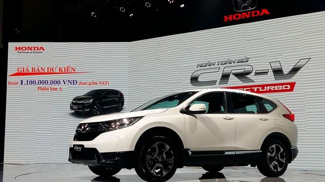 Giá bán chính thức của Honda CR-V mới đã tăng hơn so với công bố ban đầu tới gần 200 triệu đồng