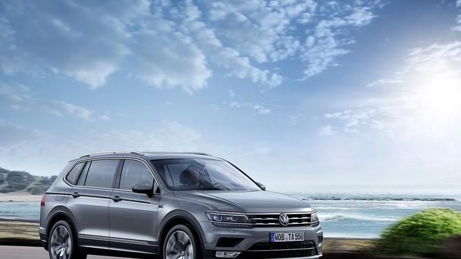 Hơn 200 khách hàng đã đặt mẫu Volkwagen Tiguan Allspace 2018