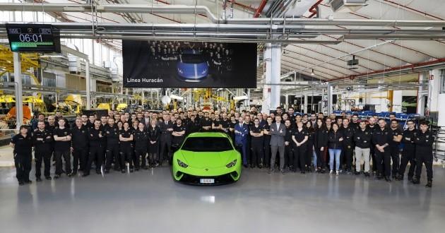 Lamborghini Huracan chỉ cần có 4 năm để đạt được dấu mốc lịch sử 10.000 xe