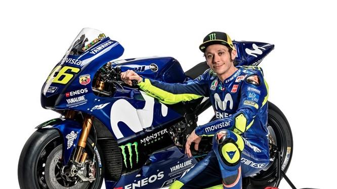 Valentino Rossi đã quyết định gắn bó với đội đua Movistar Yamaha MotoGP thêm 2 năm nữa
