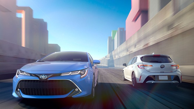 Corolla 2019 sẽ được xây dựng trên nền tảng mới, cảm giác lái thể thao hơn và nâng cấp mạnh mẽ về công nghệ.