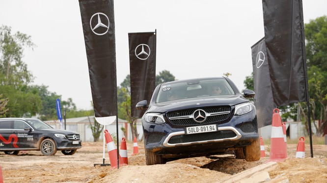 Học viện Lái xe An toàn Mercedes-Benz (MBDA) 2018