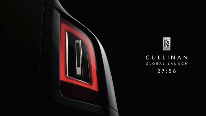 Cullinan 2018 là một mẫu xe quan trọng của Rolls-Royce khi lần đầu tiên hãng xe hạng sang Anh Quốc dấn thân vào phân khúc SUV