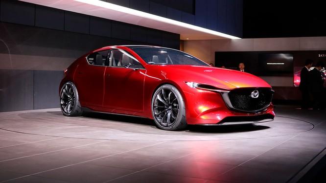 Những năm gần đây, Mazda không chỉ sản xuất ra những chiếc concept mang tính phô diễn mà còn nhanh chóng biến nó thành mẫu xe thương mại. (Ảnh minh họa: Mazda KAI Concept)