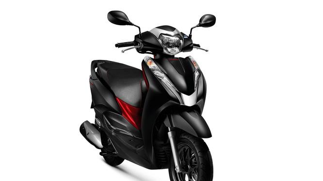 Honda LEAD 125cc phiên bản kỷ niệm 10 năm cùng những sắc màu mới trên phiên bản Tiêu chuẩn và Cao cấp sẽ được chính thức giới thiệu ra thị trường vào ngày 25/06/2018.