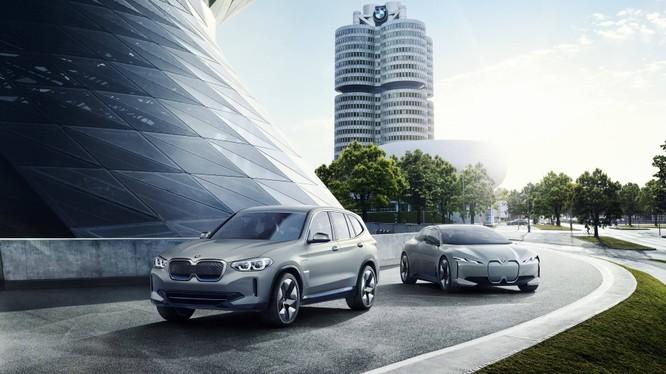 BMW đã đứng trước cơ hội trở thành hãng xe liên doanh đầu tiên tại Trung Quốc có vốn đầu tư vượt ngưỡng 50%. (Ảnh: BMW)