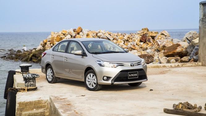 Toyota Vios tiếp tục duy trì là một trong những mẫu xe bán chạy nhất thị trường Việt