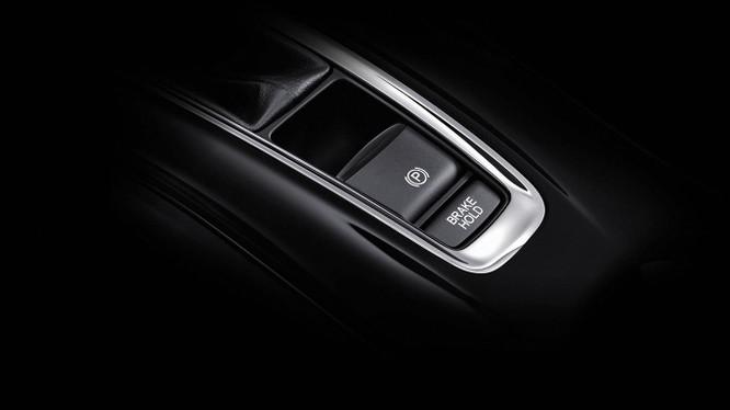 Hệ thống phanh tay điện tử đang ngày càng xuất hiện nhiều trên các mẫu xe mới.