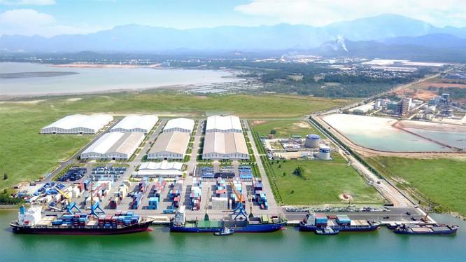Cảng Chu Lai - nơi xuất khẩu sản phẩm Thaco sang thị trường nước ngoài.