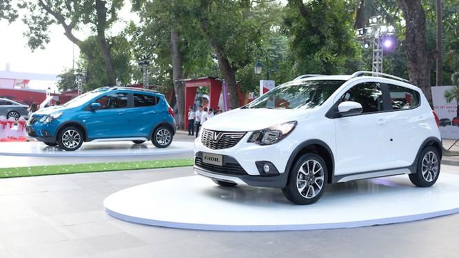 Hiện tại, VinFast mới chỉ nhận đơn đặt hàng và đến quý III năm 2019 mới có thể giao các mẫu ô tô tới tay khách hàng. Toàn bộ xe sẽ được lắp ráp tại Việt Nam (Ảnh: Nam Long)