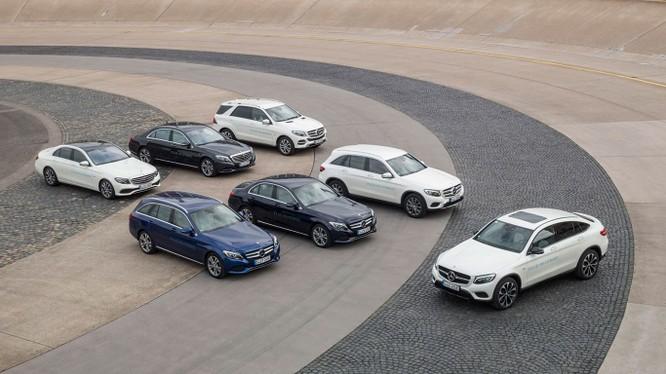 Đây là năm thứ 3 liên tiếp, thương hiệu Mercedes-Benz đứng ở vị trí đầu bảng danh sách các thương hiệu xe sang bán tại thị trường Mỹ.