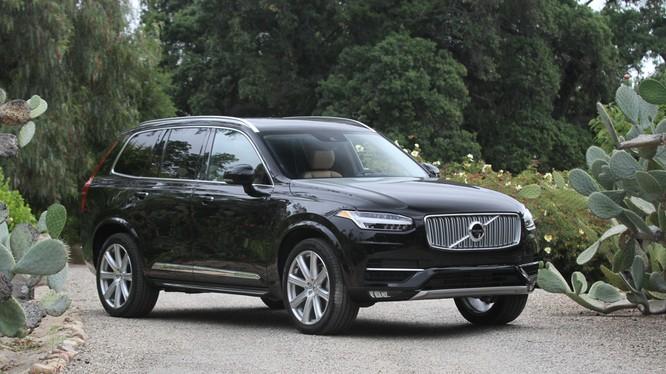 Hãng Volvo cũng tuyên bố chưa có thương vong hay sự cố thiết hại nào xảy ra liên quan đến vấn đề nứt ống dẫn nhiên liệu.