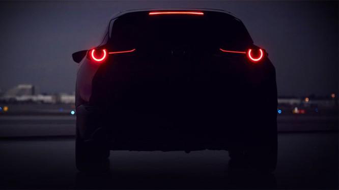 Màn ra mắt thế hệ hoàn toàn mới của Mazda CX-3 tại triển lãm ô tô Geneva 2019 sẽ được diễn ra vào ngày 5/3 tới.