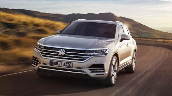 Việc bổ sung thêm động cơ mới sẽ giúp cho khách hàng có thêm sự lựa chọn đối với VW Touareg 2019.