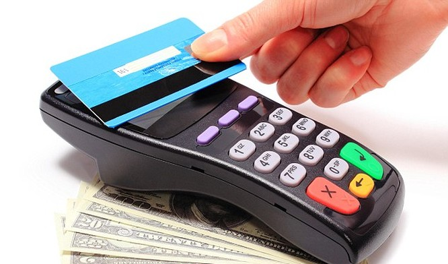 Các giải pháp thanh toán không dùng tiền mặt đã rất phổ biến ở các nước phát triển (ảnh: Money UK)
