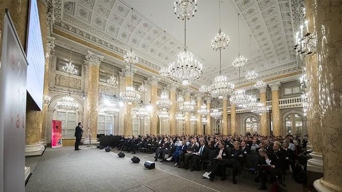Châu Âu tuyên bố cấp khoản kinh phí đầu tiên cho dự án Lượng tử vào ngày 29/10/2018 tại Vienna, Áo. Nguồn: Nature