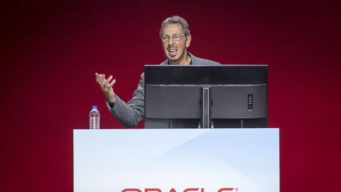 Ông Larry Ellison - Chủ tịch Oracle từng chế nhạo Amazon phụ thuộc vào mình. ẢNH: BLOOMBERG