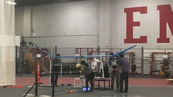 Các kỹ sư của Viện Công nghệ Massachusetts (MIT), Mỹ đã thử nghiệm thành công máy bay không người lái, không sử dụng động cơ đốt nhiên liệu hóa thạch