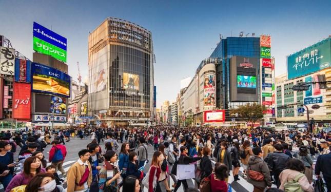 Từ nay tới năm 2030, 2,3 triệu người lao động Nhật trong độ tuổi từ 15-64 dự kiến sẽ biến mất. Ảnh: Getty Images.
