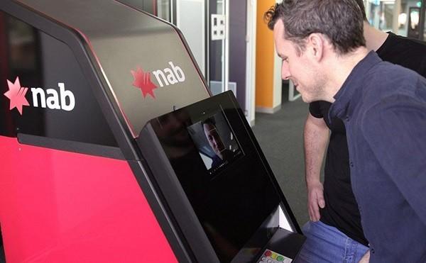 Ý tưởng dùng nhận diện khuôn mặt để rút tiền ở các cây ATM.