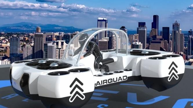 Chiếc xe bay này đã trở thành một biểu tượng của tương lai, với những bộ phim như Blade Runner đã đánh thức sự khao khát sở hữu nó trong tương lai.