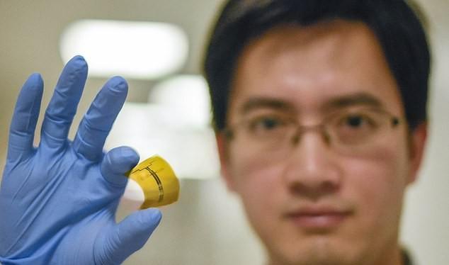 Các nhà khoa học tìm ra chất bán dẫn siêu mỏng giúp chuyển hóa sóng WiFi thành điện năng. Ảnh: DM