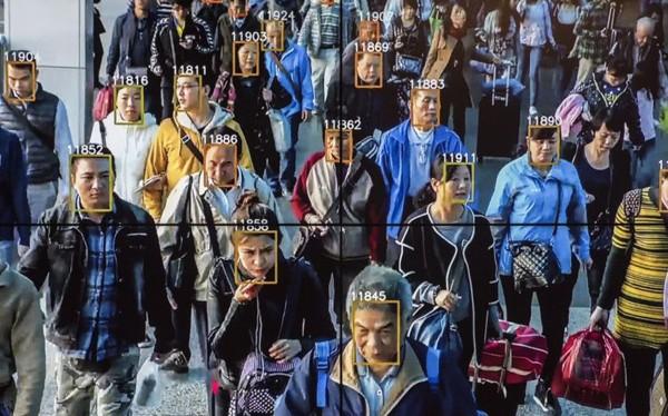 Với quy mô dân số khổng lồ, Trung Quốc đang tích cực ứng dụng các công nghệ mới nhất trong việc quản lý xã hội, một trong số đó là ứng dụng trí tuệ nhân tạo (AI) nhằm tìm ra quan chức tham nhũng.