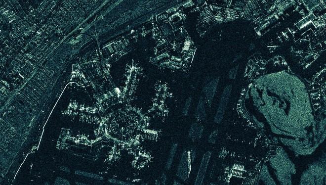 Hình ảnh San Francisco do vệ tinh được hãng Phần Lan Iceye đưa lên quỹ đạo năm 2018 chụp. Iceye là một trong các hãng biến giám sát tầm cao thành hoạt động kinh doanh. ẢNH: ICEYE