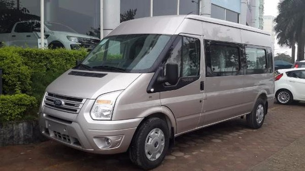 Mẫu xe Ford Transit được lắp ráp và bán tại Việt Nam