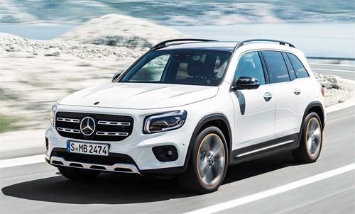 Mercedes GLB thuộc phân khúc SUV cỡ nhỏ, tùy chọn 5 hoặc 7 chỗ.
