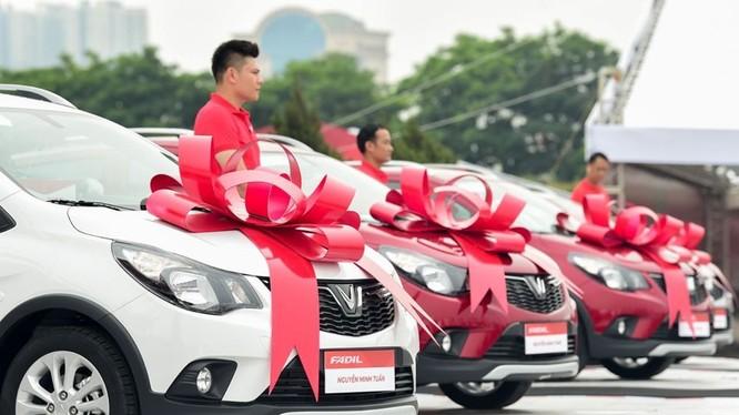 Khách hàng mua Vinfast Fadil giai đoạn đầu sẽ nhận được ưu đãi về giá khá lớn.