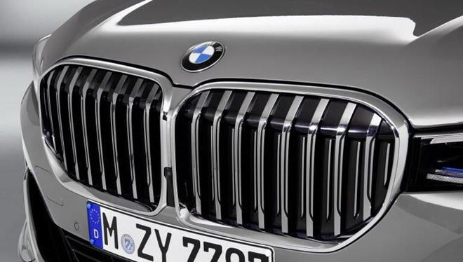Lưới tản nhiệt BMW 7 Series bị chê