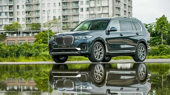 BMW X7 vừa được ra mắt. ảnh: THACO