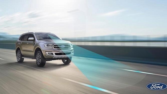 Hãng xe Ford đã cung cấp giải pháp công nghệ để người cao tuổi dễ dàng lái xe