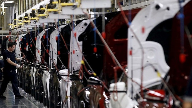 Nhà máy Beijing Benz Automotive sản xuất xe Mercedes-Benz là liên doanh giữa BAIC và Daimler