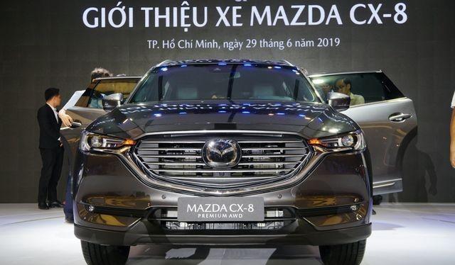 Mazda CX-8 vừa mới ra mắt cuối tháng 6 đã bán được 350 xe