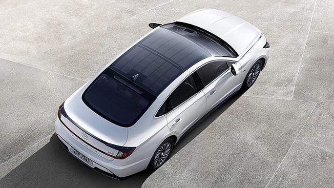 Hyundai Sonata thế hệ thứ 8 vừa ra mắt chính thức tại Hàn Quốc