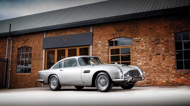 Chiếc Aston Martin DB5 đời 1965 của Điệp viên 007