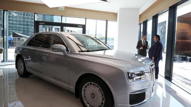 Mẫu Senat trưng bày trong lễ khai trương showroom đầu tiên của Aurus tại Moskva hôm 23/8. Ảnh: Reuters