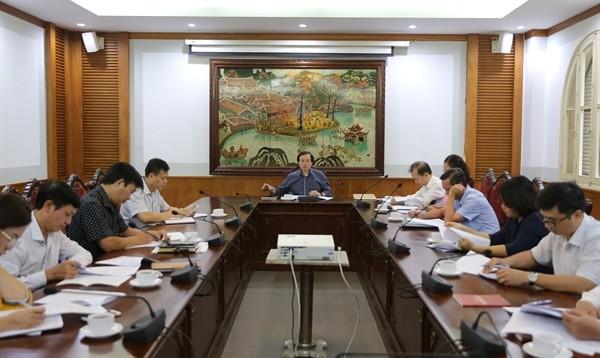 Thứ trưởng Tạ Quang Đông chủ trì cuộc họp về Chiến lược Văn hóa đến 2030 của Bộ Văn hóa, Thể thao và Du lịch. Ảnh: báo Văn Hóa