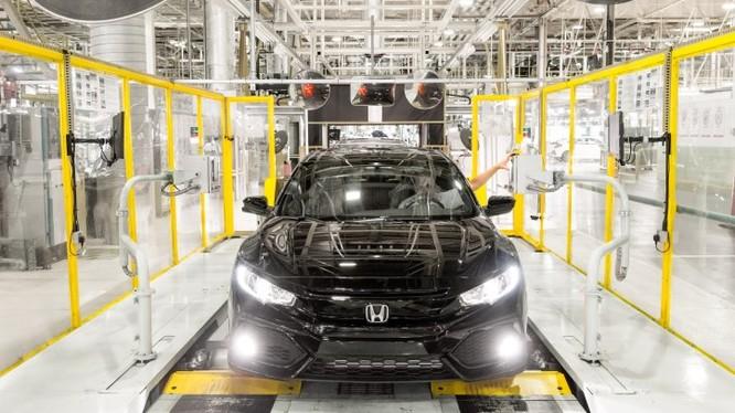 Trong một nhà máy ô tô của Honda