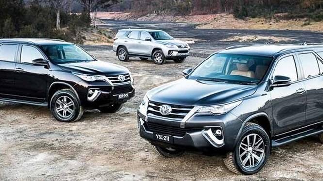 Nhiều mẫu xe Toyota được giảm giá từ vài chục triệu cho đến hàng trăm triệu đồng. Ảnh BD.