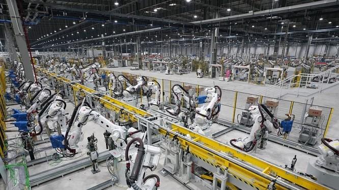 Nhà máy sản xuất ô tô của Vinfast đã giúp nâng tầm ngành công nghiệp ô tô Việt Nam. Ảnh: Nguyễn Hà