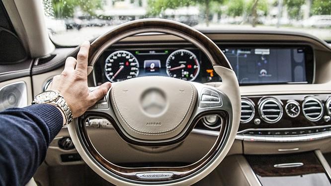 Vô-lăng, dây an toàn, núm chỉnh radio/âm lượng làm một trong những vị trí bẩn nhất trên xe