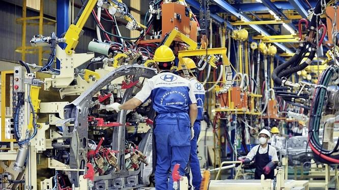 Thời gian tới, Bộ Công Thương xác định sẽ duy trì và mở rộng hoạt động sản xuất, lắp ráp ô tô trong nước. Ảnh: Hà Phương